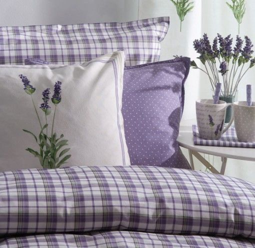 Hannah wants lavander/lilacs/ purples in her new room - love it with green