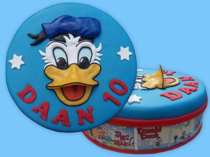 Donald Duck strip cake  - taart