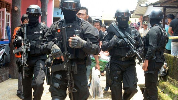 Densus 88 bekuk 8 terduga teroris jaringan Filipina