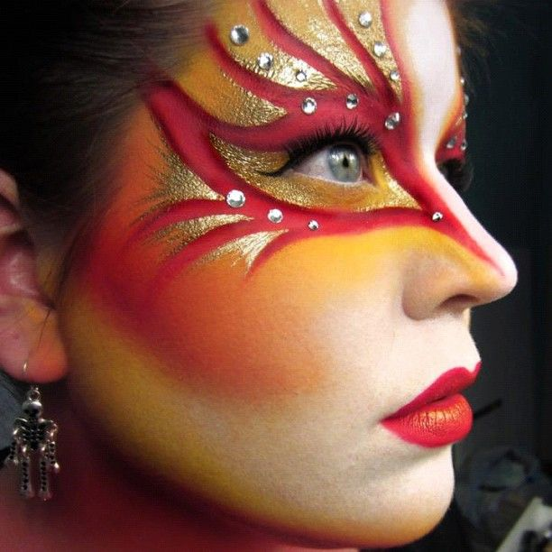 "GoldieStarling used Sugarpill Goldilux, Love+ and Buttercupcake eyeshadows in her amazing ""Cirque Du Soleil Worlds Away"" inspired look. Exquisite work!"
