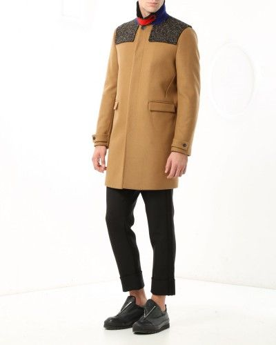 Coat with melange-effect yoke