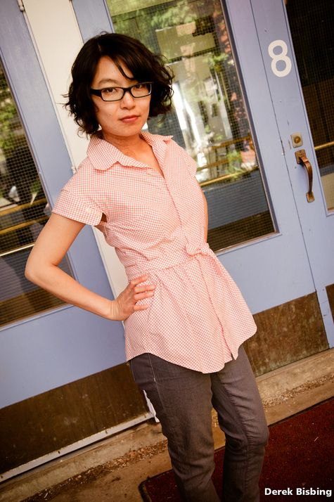 http://www.burdastyle.com/projects/picnic-blouse-refashioned-mens-shirt?all_images=1#project-shot-all AWESOME!!