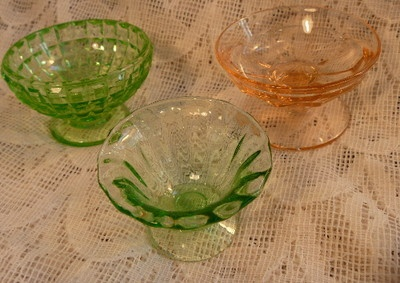Antique vintage GREEN & PINK DEPRESSION GLASS pedestal OPEN SALT DIPS - CELLARS: Sugar Cellars, Salt Cellars, Pink Depression Glass, Antique Vintage, Salt Dips