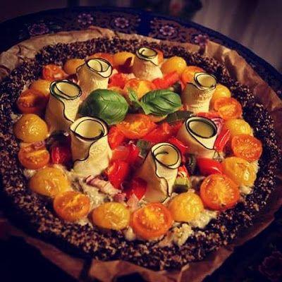HandsOffMyFood: VEGAN VIBES: Veganistische #quiche? Yes! Met lekkuurree Basilicum-cream en een crispy quinoa-korstje! #miammiam
