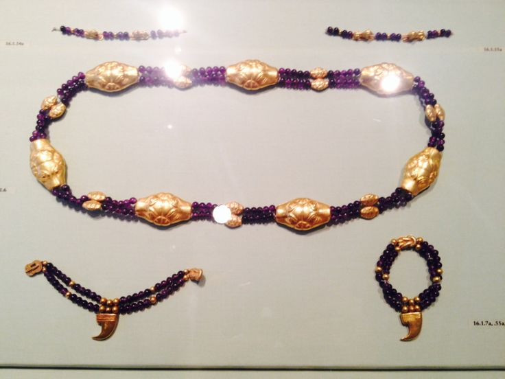 Ancient Egyptian jewellery exhibited at the Metropolitan Museum, NYC