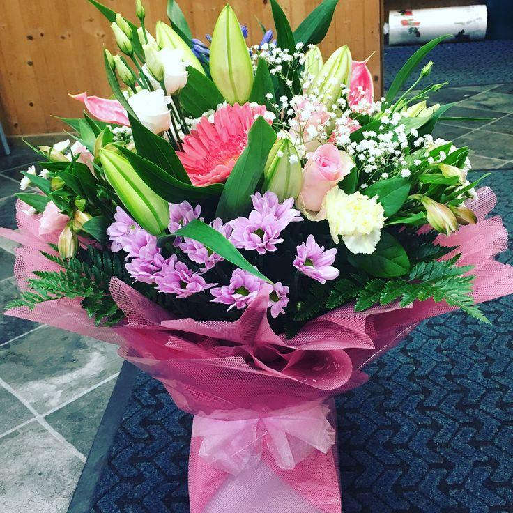 Luxury bouquet �� #white #pink #cream #pastel #luxury #bouquet #flowers #handtied #lily #gerbera #lisianthus #gypsophile #florist #floral #floristry #wyldegreen #summer #suttoncoldfield http://misstagram.com/ipost/1568272494708081346/?code=BXDn4ZeF0LC