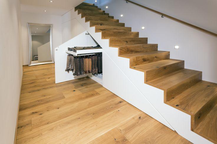 einbauschr nke nach mass einbauschrank unter treppe pinterest einbauschrank auszug und treppe. Black Bedroom Furniture Sets. Home Design Ideas