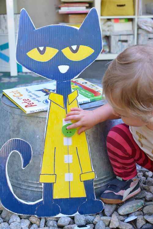 Make Pete the Cat and His Four Groovy Buttons - Literacy Activity for Preschoolers