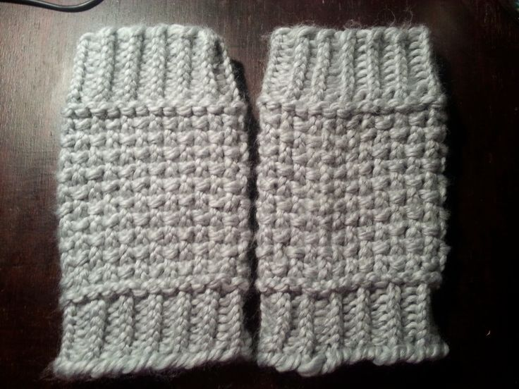 Looming Exclusive Designs Cozy Gray Boot Cuffs Loom
