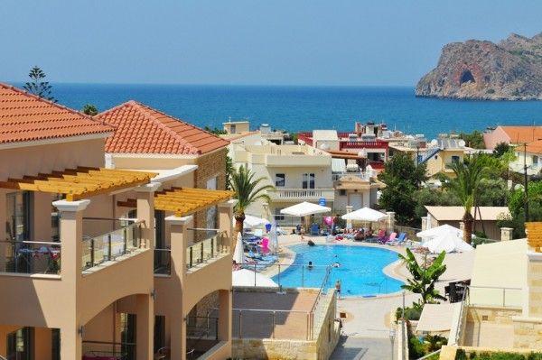 Blue Star Isida, Agia Marina, Crete