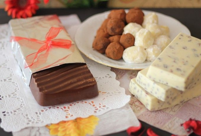 Trufas y turrones de chocolate en microondas