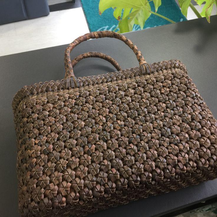 #花結び編み#胡桃のバック#籠バッグ#天然素材#クルミ#クルミ籠バッグ#国産#会津産