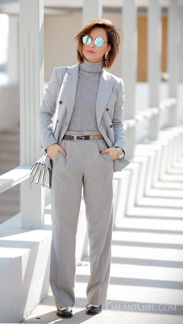 the power of suits, power of suit, total grey outfit, total grey suit, women's suits, Ellena Galant,
