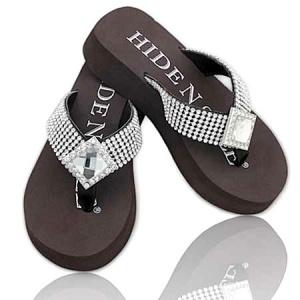 Sparkly flip flops <3