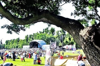 Folk by the oak festival has just been recommended to me by @festivalkidz