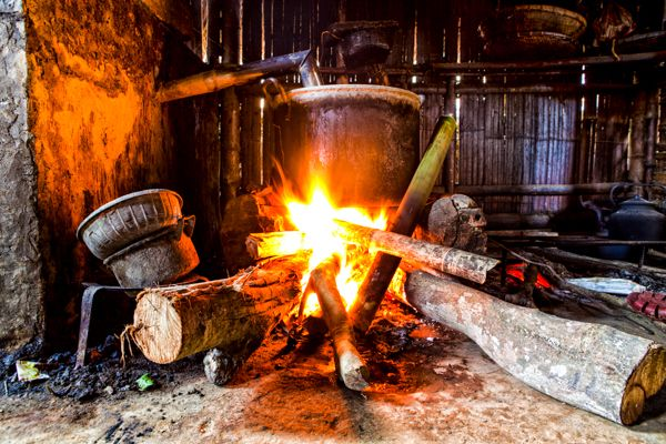 Demand for firewood rises at FCT as prices of kerosene, gas increase: Some suppliers and distributors of firewood in the Federal Capital…