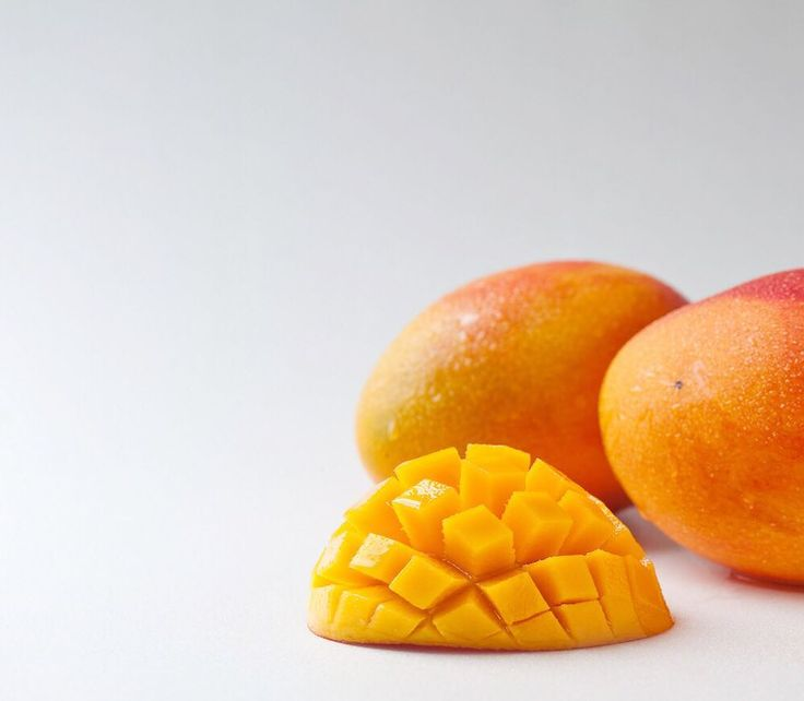 We're giving away TWO trays of Aussie Mangoes to celebrate the last week of summer! 😝🤤 Simply tag a friend who loves mangoes and describe your favourite mango memory from this summer in one sentence 😋  Both you and your friend MUST be following @aussiemangoes and live in Australia to win!   Winners will be selected based on the creativity of your answers, and will be announced on 28th February - the last day of summer in Oz! ☀️ #lovinmangoes #aussiemangoes #mangoemojiplease #mangoes…