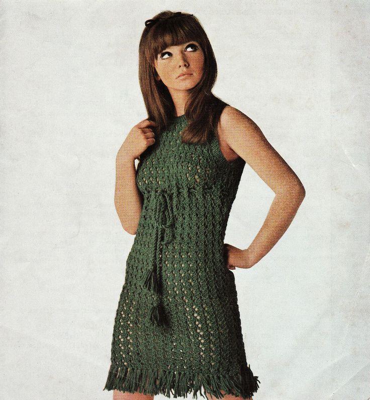 Vintage Knitting Pattern Instructions to Make a Ladies Dress 3 Sizes DK