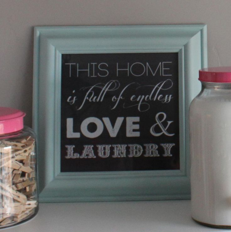 Free printable sign for the laundry room