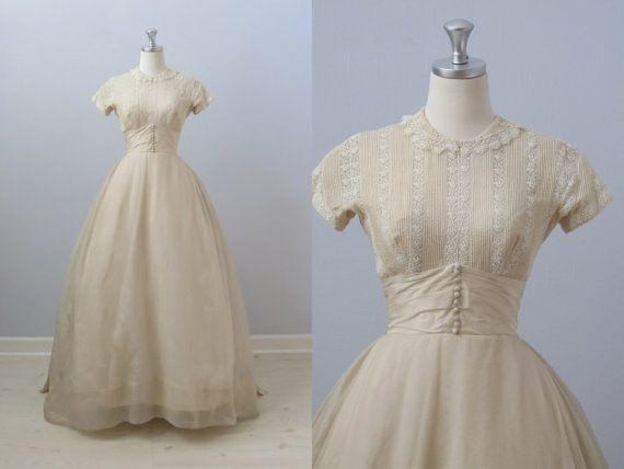 RESERVED vintage 1950s Wedding Dress / Priscilla of Boston Wedding Dress / Simple Elegance. $468.00, via Etsy.