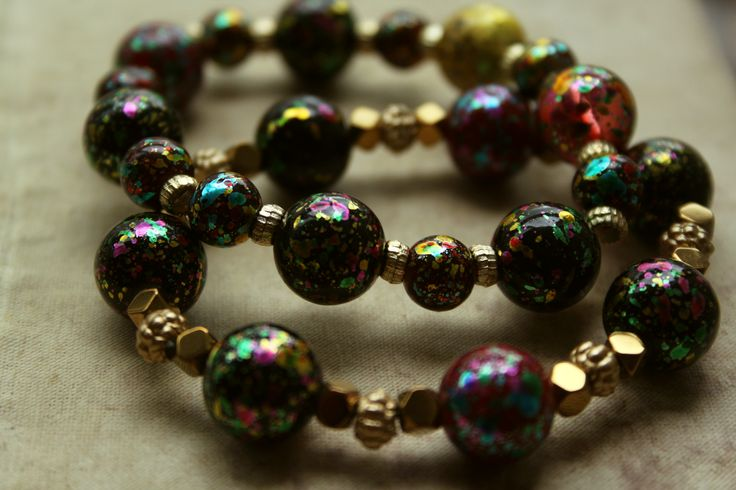 Bracelets with colourfull glass beads