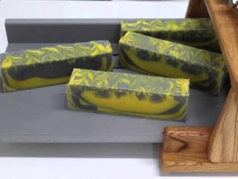 Σαπούνι γλυκερίνης με μονόγραμμα - YouTube