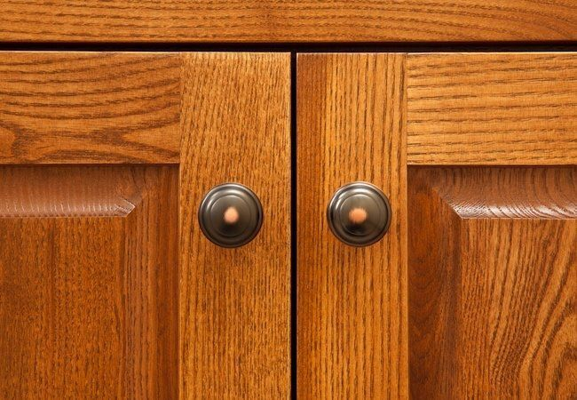 Cabinet Hardware Replacement Replacing Kitchen Cabinet Hardware