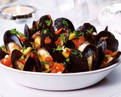 Steamed Mussels with Chili Tomato Sauce