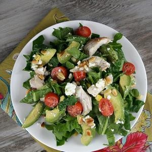 Spinach Salad with Chicken, Avocado and Goat Cheese | Nom Nom ...