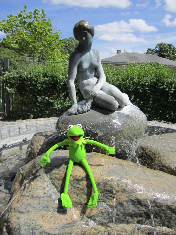 Carlsberg Estate, Denmark The Carlsberg Family commissioned The Little Mermaid for Copenhagen Harbour and their garden.