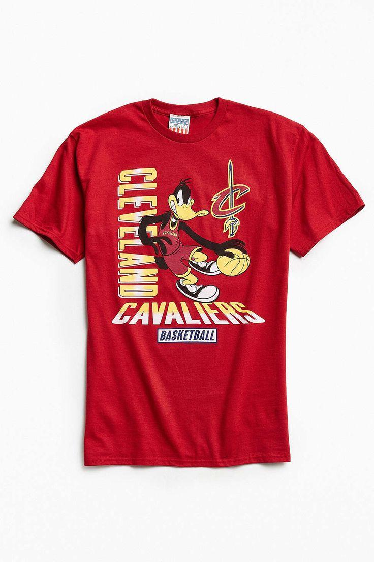 Junk Food Looney Tunes Cleveland Cavaliers Tee