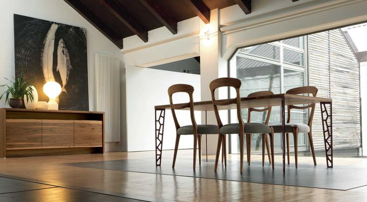 Dale Italia B-191 Table in solid walnut and metal legs - Natural Finish -