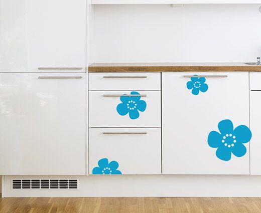 Melk wallsticker - La kjøleskapet ditt bli en melkekartong! Nostalgiske blomster fra Tine melk. Se denne designen på fantastiske barneklær hos Ugly Childrens clothing. Fra Happylines