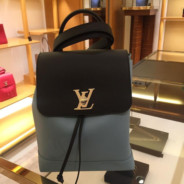 Louis Vuitton Backpack @stylespottingkw • 1,524 likes