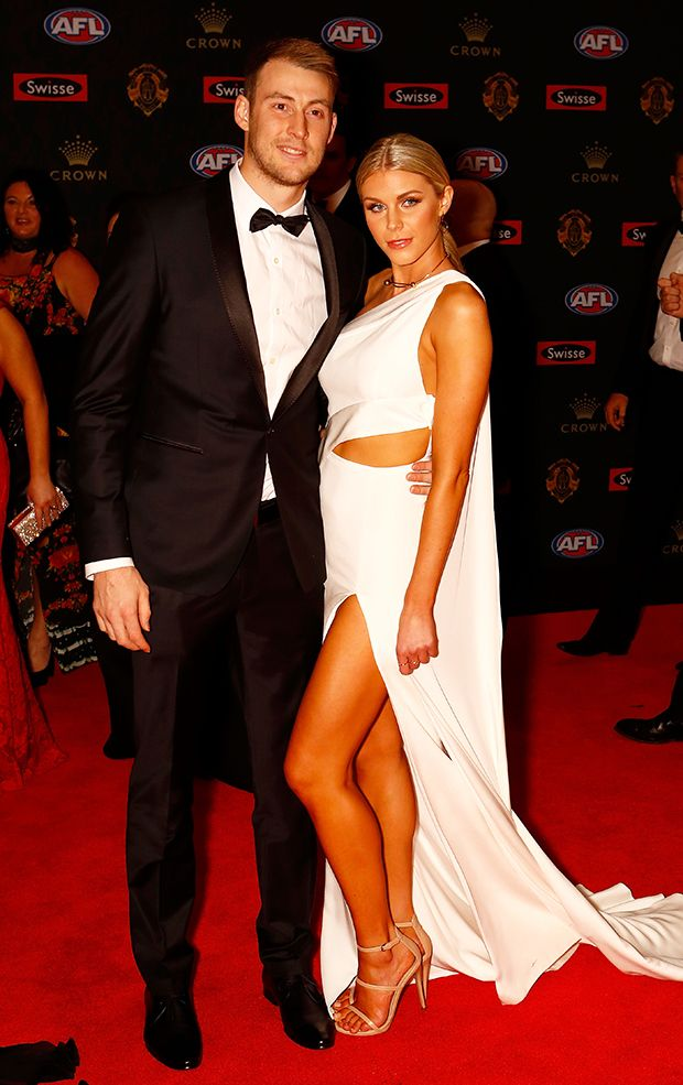 View a selection of the best snaps as the Collingwood players and their partners walk the red carpet ahead of the 2016 Brownlow Medal count.