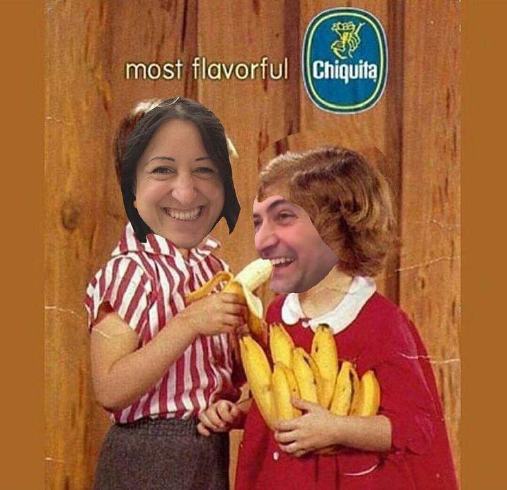 Chiquitita tell me what's wrong #uvasconv #uvasconuve #banana #bananas #bananasplit #platano #platanopower #minion #minime #energy #fruit #fruits #potasium #breakfasttime #food #eatwell