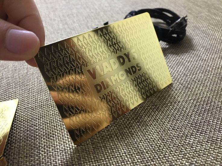 Gold metal cards portray a luxurious and very memorable effect, when handing over to a client they will not soon forget! When it comes to our metal cards the options are almost limitless  Call us today for a quote! #ohmyprint #printing #metalbusinesscards #vip #vipcards #metalcards #goldcard #luxury #canada #nyc #america #diamond #customjewelry #wedding #bride #summer