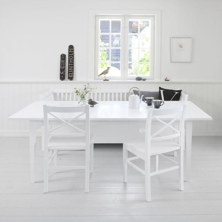 Dining table white, Oliver Furniure Denmark.  www.oliverfurniture.com