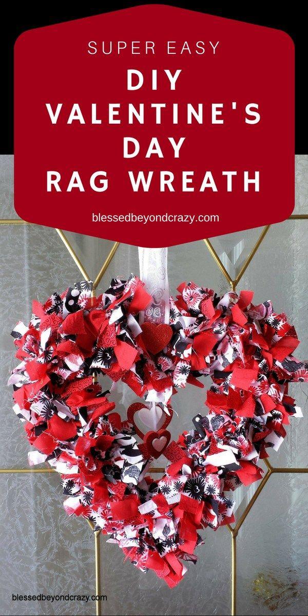 Super Easy DIY Valentineu0027s Day Rag Wreath