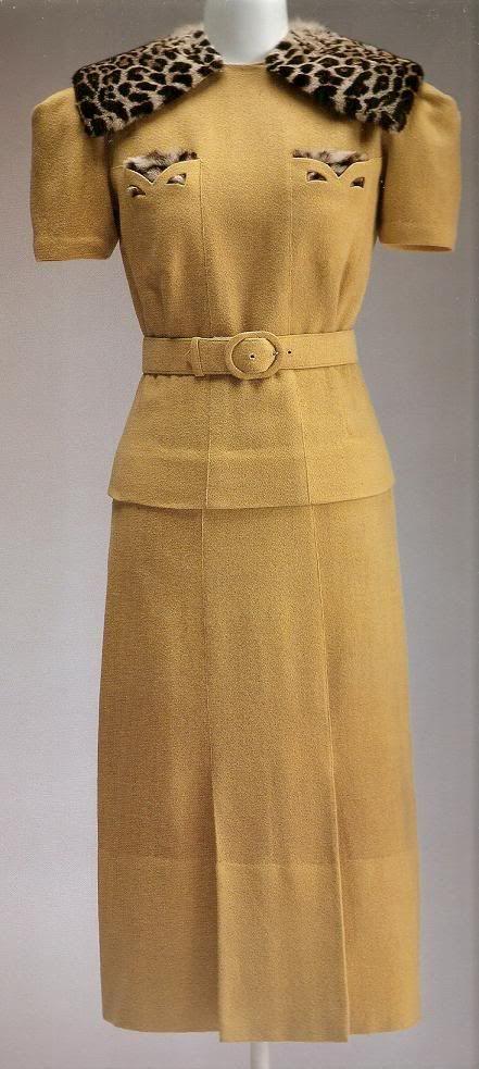 Suit, Callot Soeurs, 1940.  Kyoto Costume Institute.
