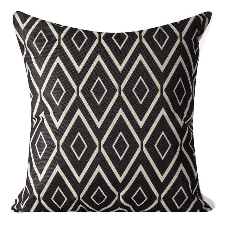 Dekoracyjna poszewka na poduszkę w kolorze czarnym