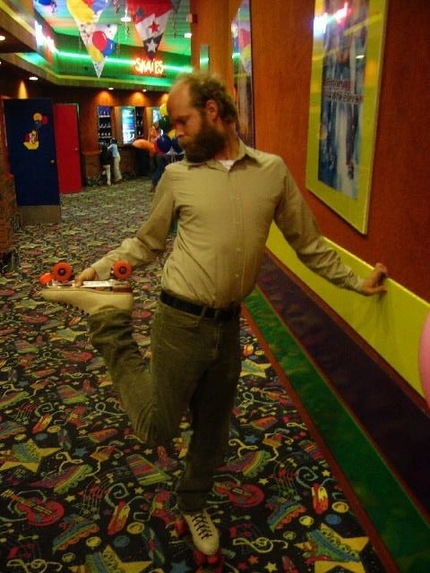 Will Oldham on roller skates