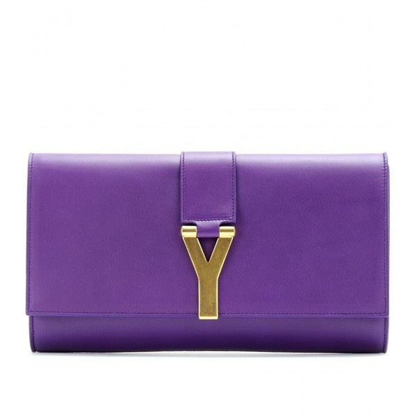 Saint Laurent Chyc Leather Clutch ($914) ❤ liked on Polyvore