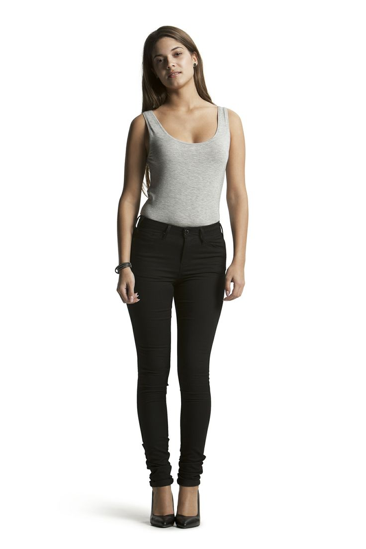 Boa Jersey Tank Top with Concorde Slim HW Jeans