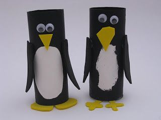 Toilet Paper Roll Penguins! #preschool #efl #kidscrafts (pinned by Super Simple Songs)