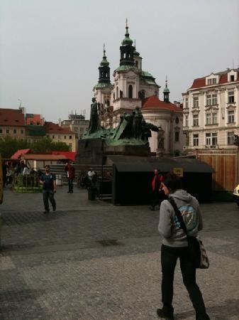 Prague Extravaganza Free Tour