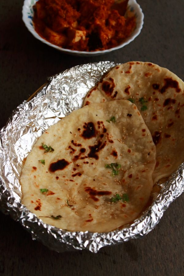 butter naan recipe - very popular Indian bread #indianfood #food #recipes #vegetarian #snack