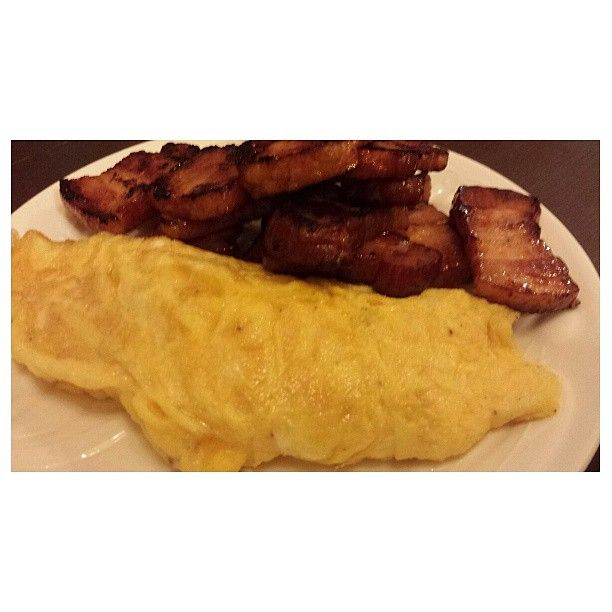 #egg and #japanese #bacon for todays #sandwiche #lunch #packlunch #卵 と #日本 の#ベーコン が今日の#サンドイッチ #お弁当 だった。#yummy #food #philippines #フィリピン