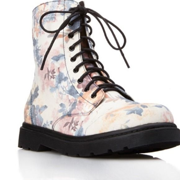 F21 Floral Combat Boots Brand new never worn. These boots are AMAZING and in box Forever 21 Shoes Combat & Moto Boots