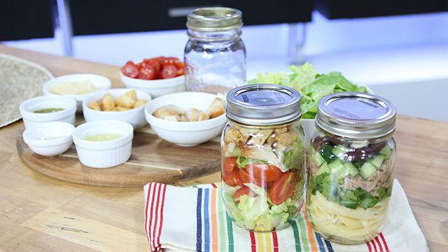 Mason Jar Salads, Only 400 Calories #WeightLoss